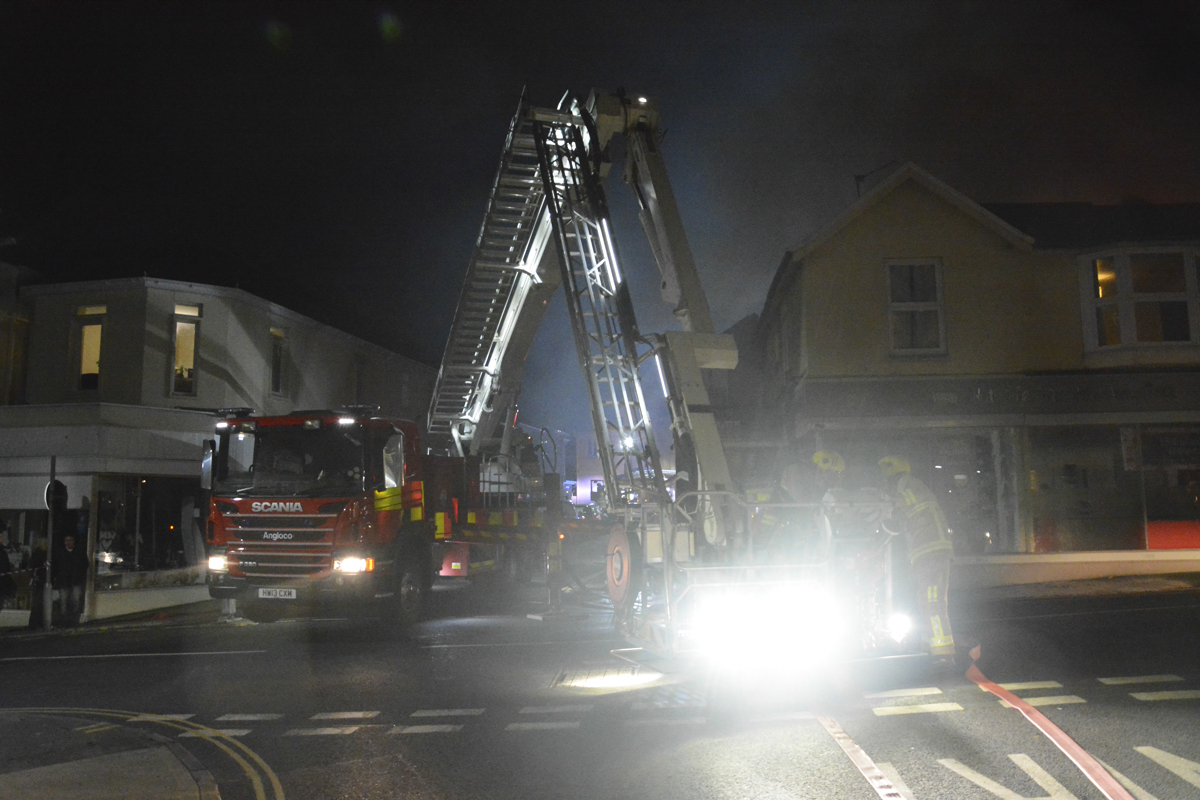20160313 STP_5990 Palmerston Road Shanklin Building Fire