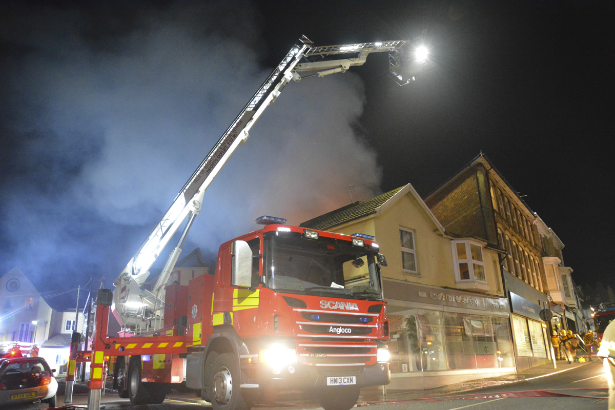 20160313 STP_5998 Palmerston Road Shanklin Building Fire