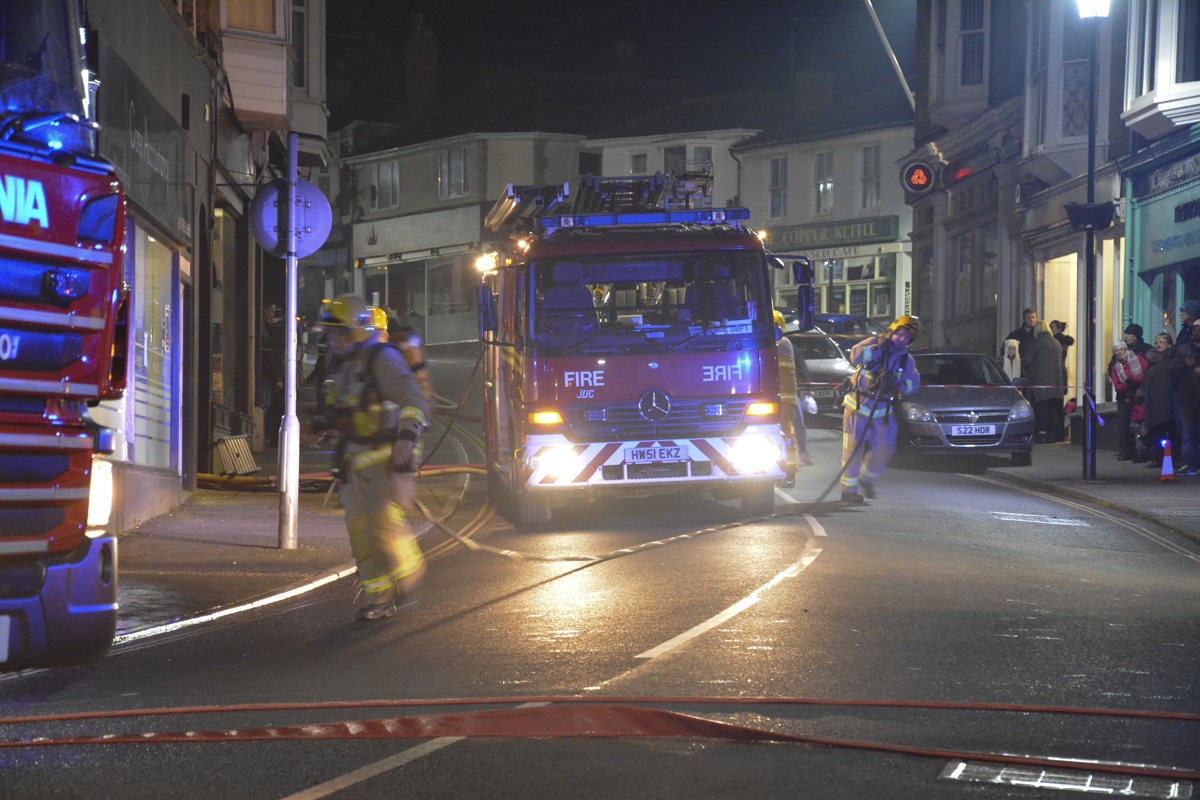 20160313 STP_6014 Palmerston Road Shanklin Building Fire