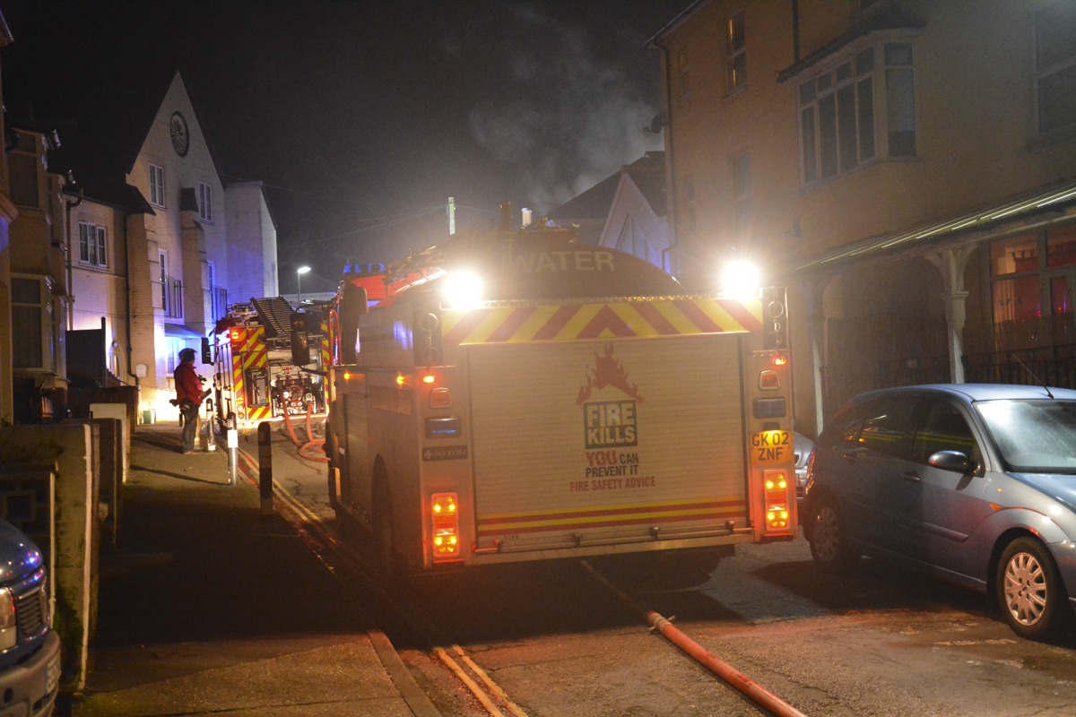 20160313 STP_6090 Palmerston Road Shanklin Building Fire