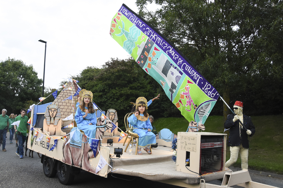 20160924_stp_2716-isle-of-wight-day-parade