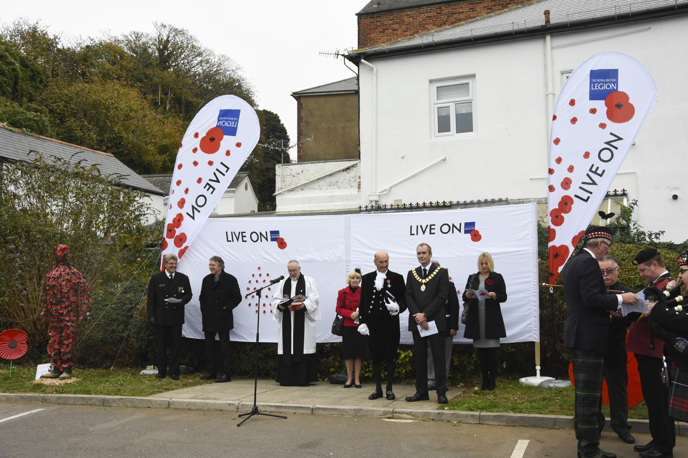 20161029_stp_3554-hss-launch-of-the-poppy-appeal-2016-in-ventnor