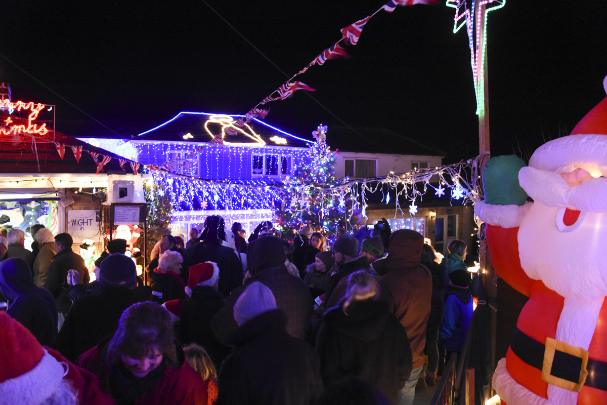 20161203_stp_3926-long-lane-newport-christmas-lights-2016