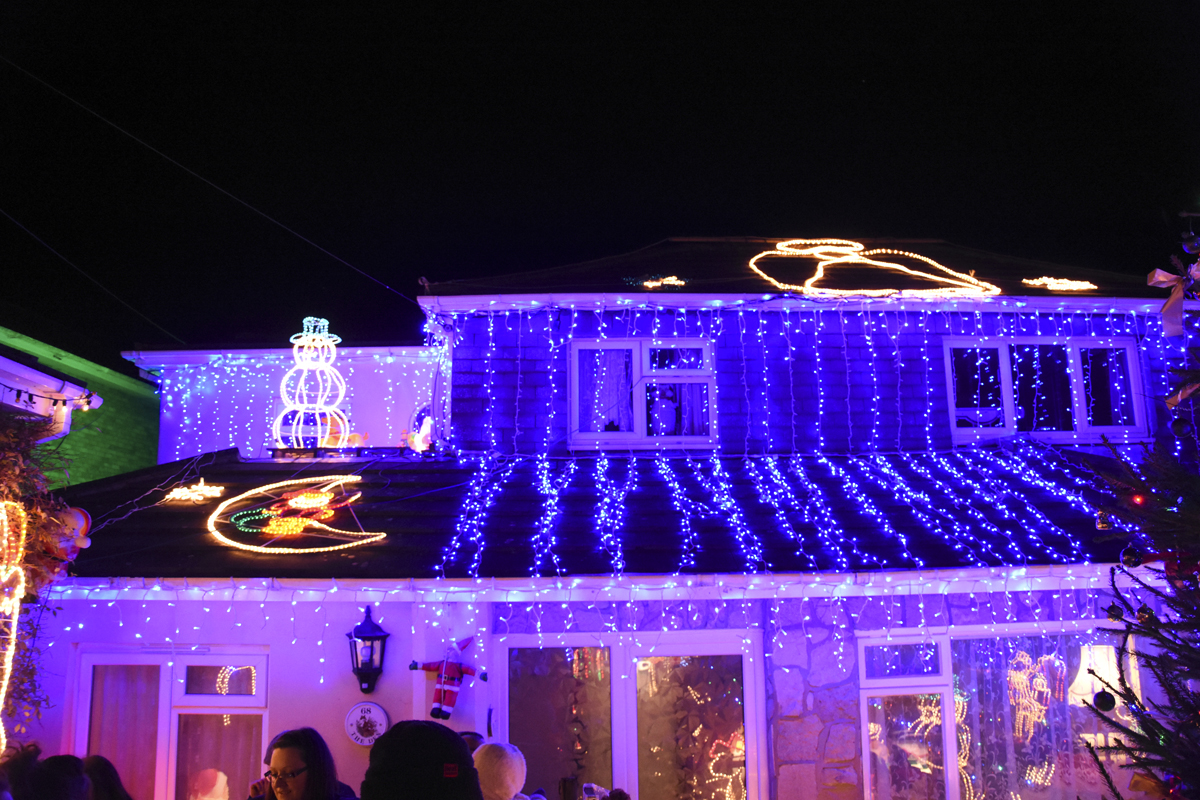 20161203_stp_3940-long-lane-newport-christmas-lights-2016