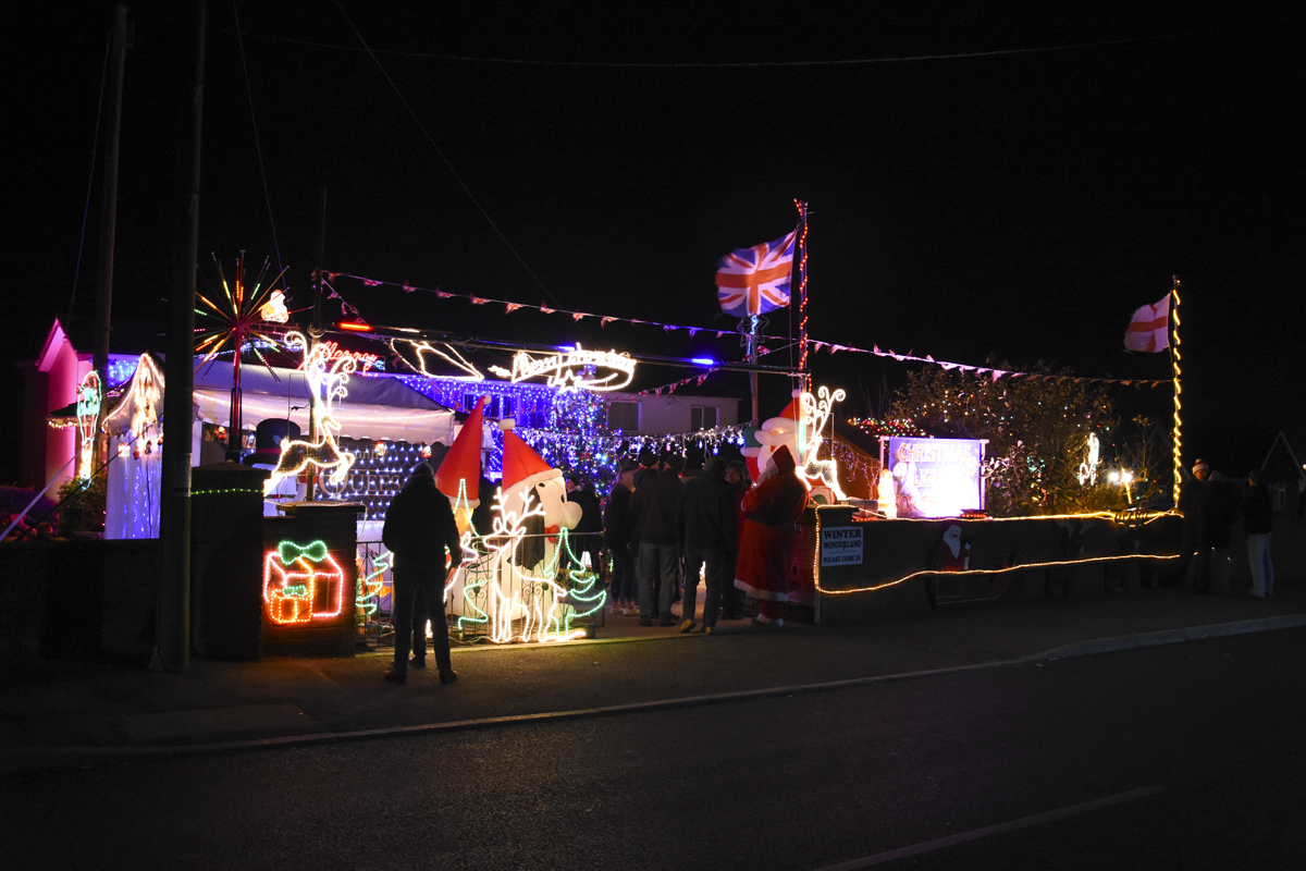20161203_stp_3978-long-lane-newport-christmas-lights-2016