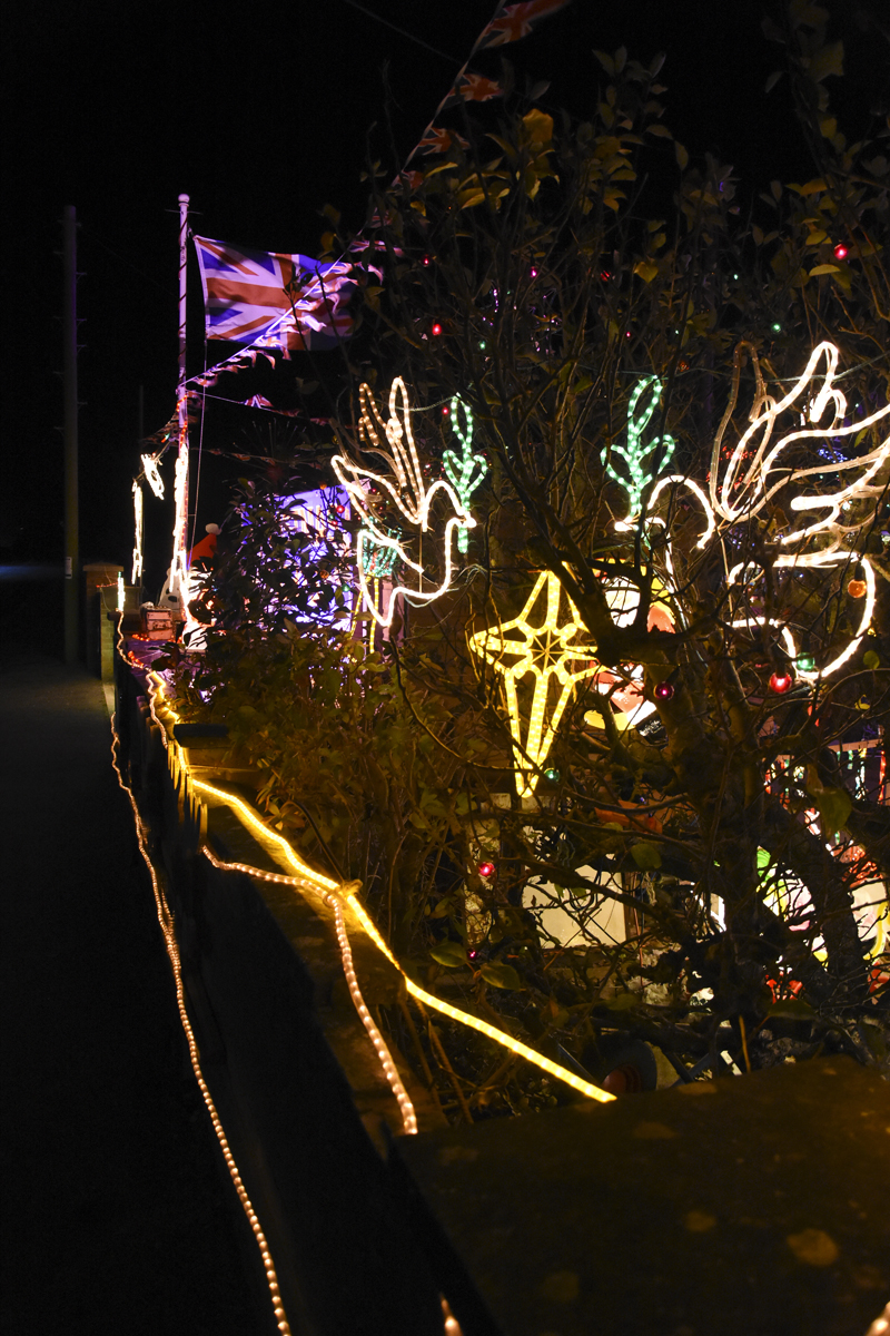 20161203_stp_4022-long-lane-newport-christmas-lights-2016