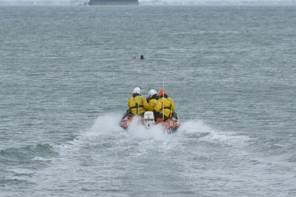 Jet Ski and Kite Surfer Rescued by Independent Lifeboat